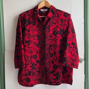 PETITE Red Black Floral 3/4 Sleeve Button Down Top